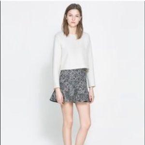 Zara black and white peplum skirt